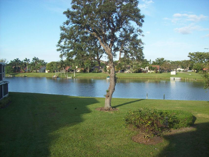 1340 NW 20th Avenue 201, Delray Beach, FL 33445
