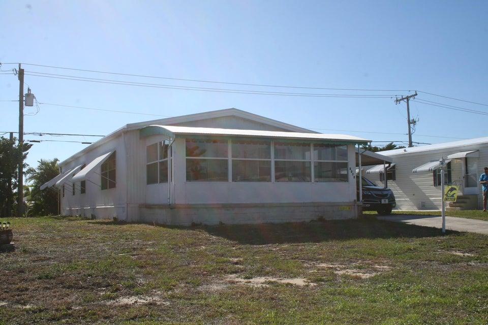 8078 SE Swan Avenue, Hobe Sound, FL 33455