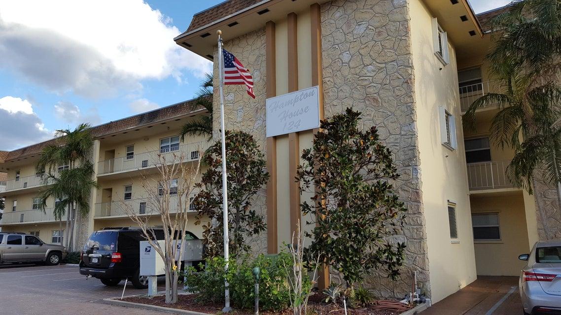 124 Shore Court 203, North Palm Beach, FL 33408
