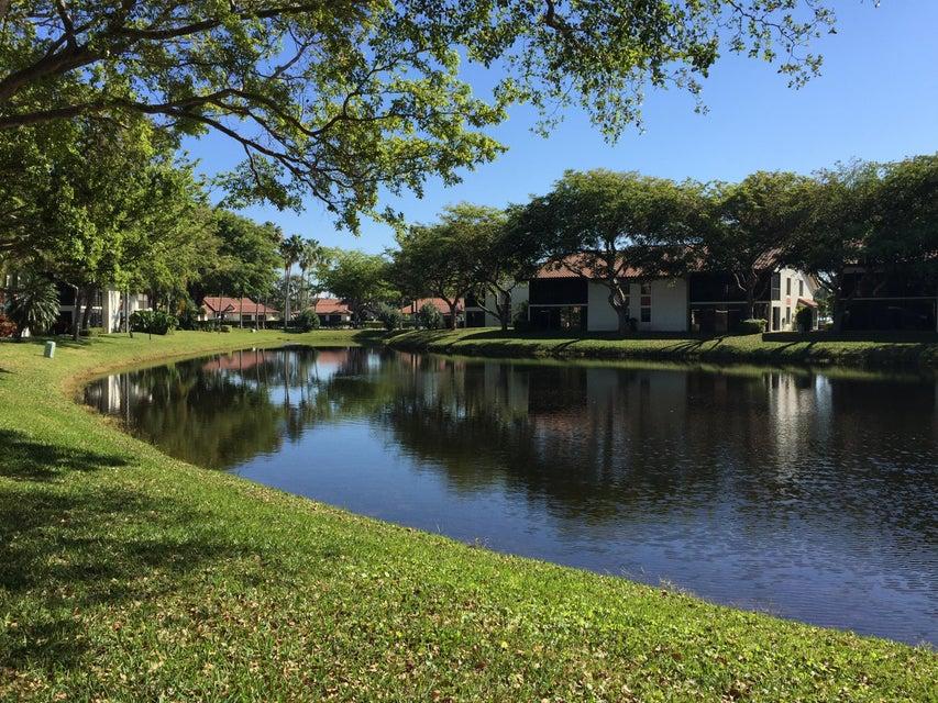 10624 Tropic Palm Avenue 202, Boynton Beach, FL 33437