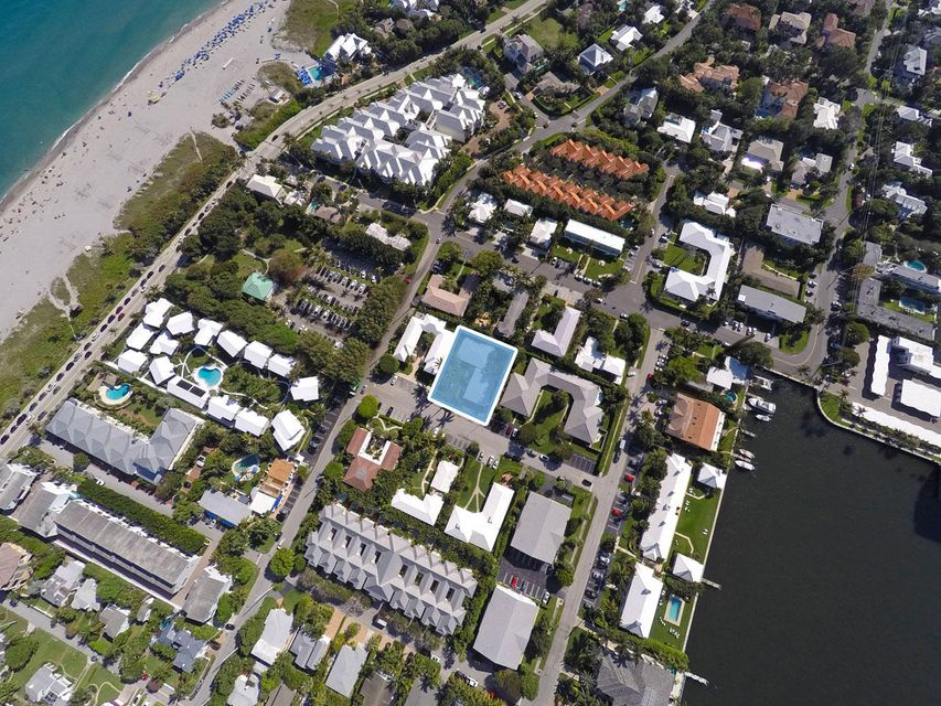 Additional photo for property listing at 1020 Langer Way 1020 Langer Way Delray Beach, Florida 33483 United States
