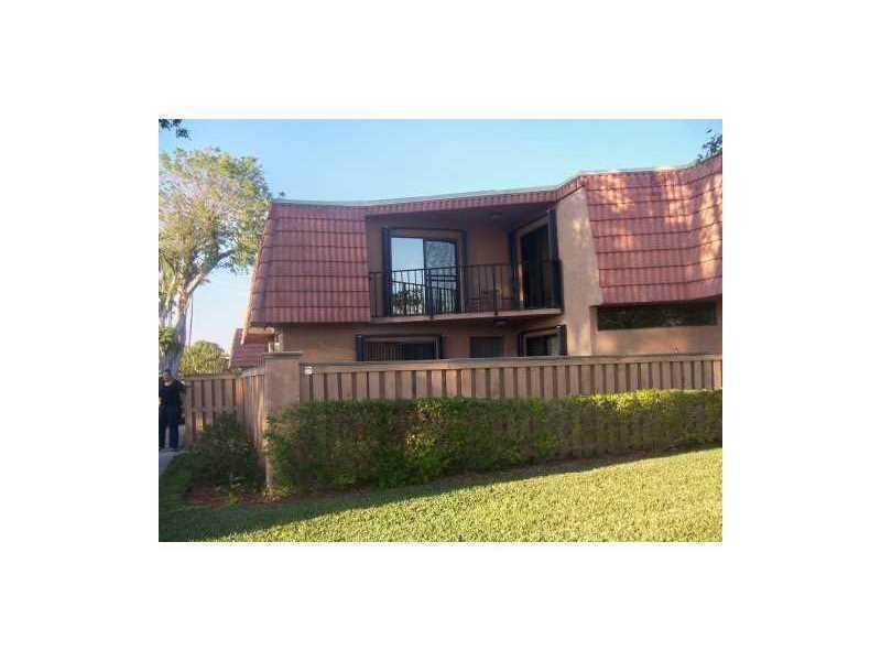 8285 Thames Boulevard D, Boca Raton, FL 33433