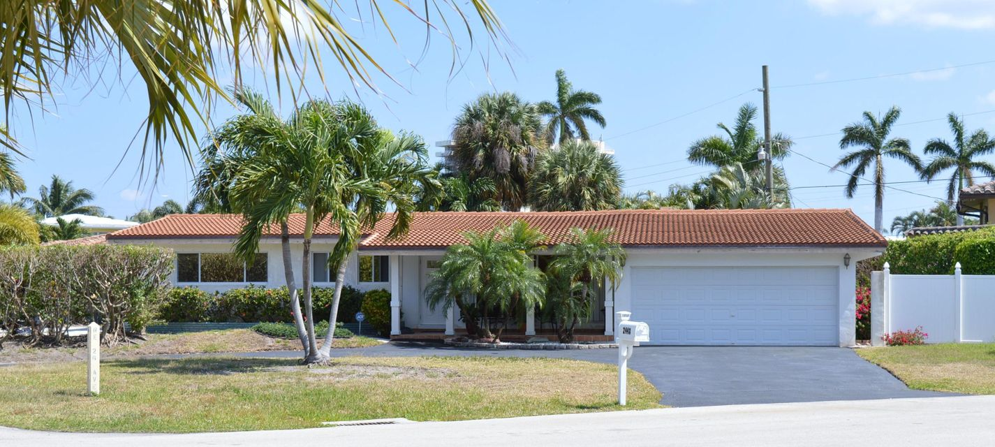 2448 Ne 26th Ave, Lighthouse Point, FL 33064