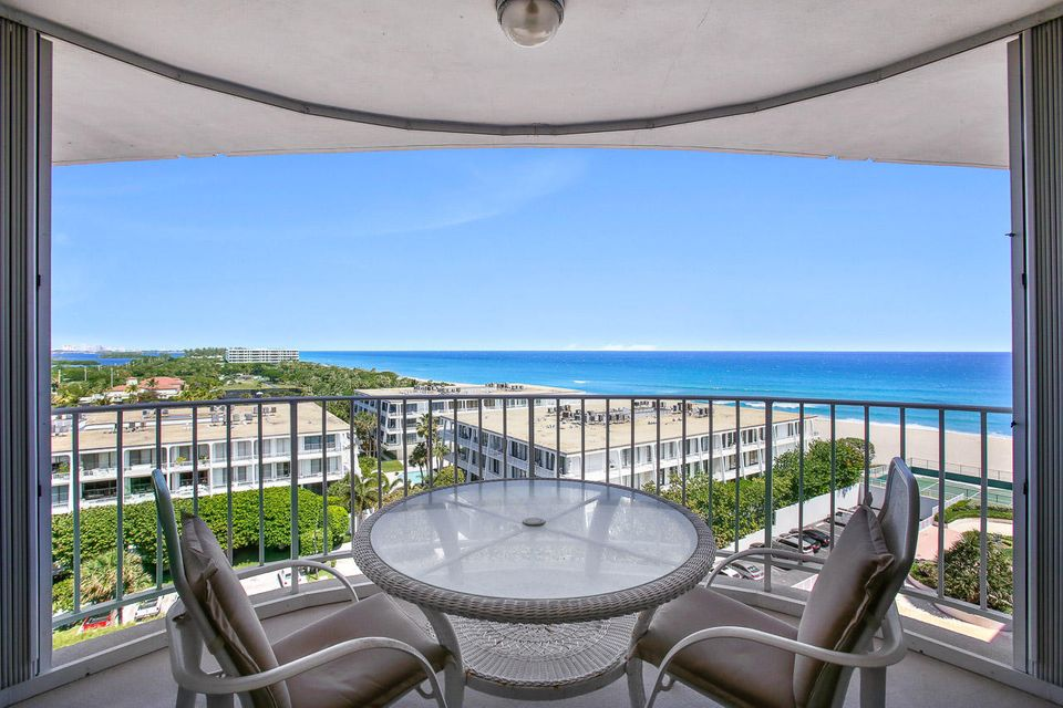 2295 S Ocean Boulevard is listed as MLS Listing RX-10318583 with 29 pictures