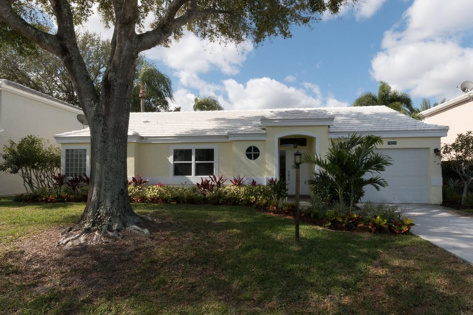 18221 SE Fairview Circle, Tequesta, FL 33469