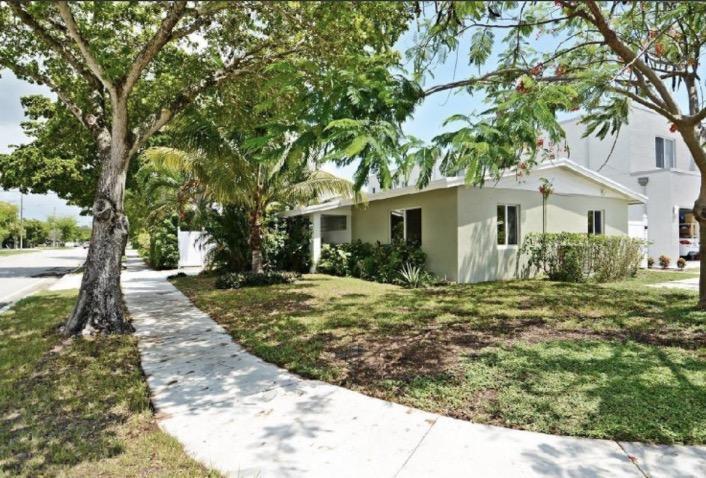 1020 SW 4 Avenue, Fort Lauderdale, FL 33315