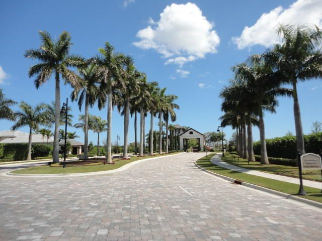 Additional photo for property listing at 2620 NW 69th Street  Boca Raton, Florida 33496 United States