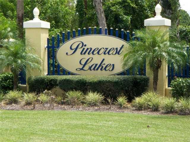 2610 Ne Pinecrest Lakes Boulevard