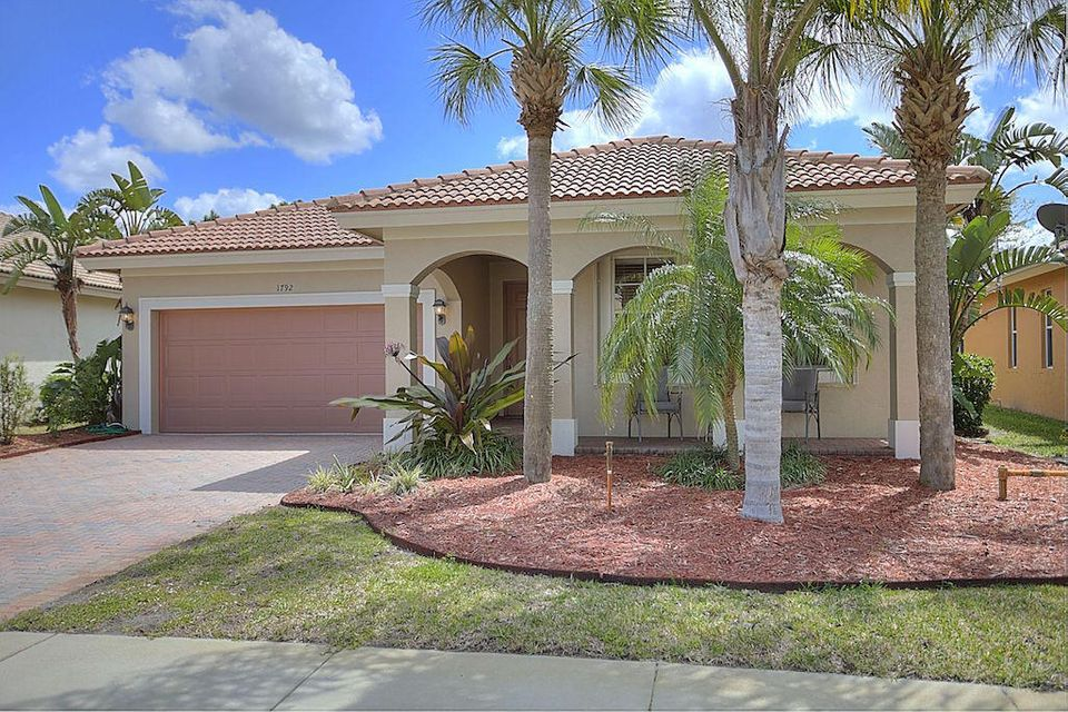 1792 SW Jamesport Drive is listed as MLS Listing RX-10318698 with 20 pictures