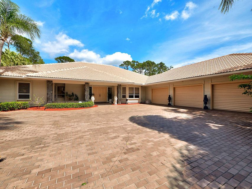 20 Rabbits Run , Palm Beach Gardens FL 33418 is listed for sale as MLS Listing RX-10318951 24 photos