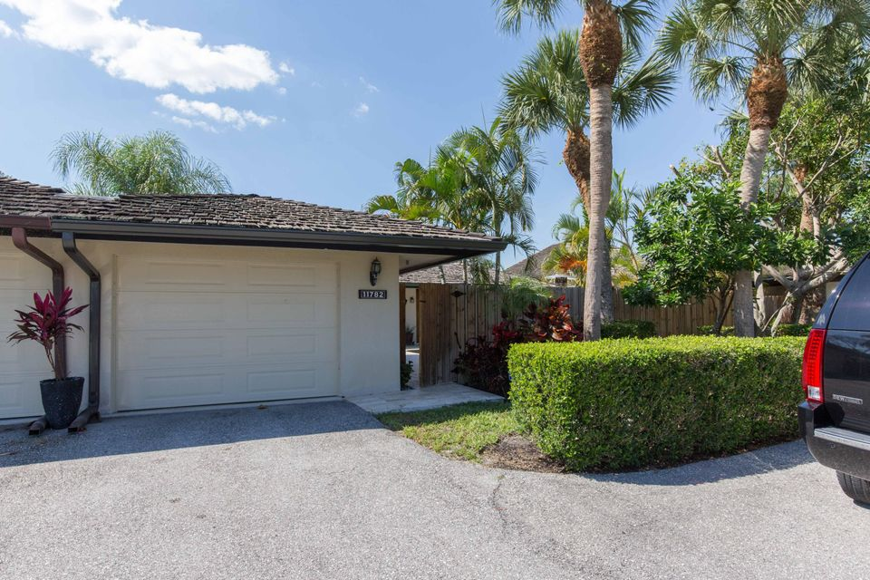 11782 Marblestone Court, Wellington, FL 33414