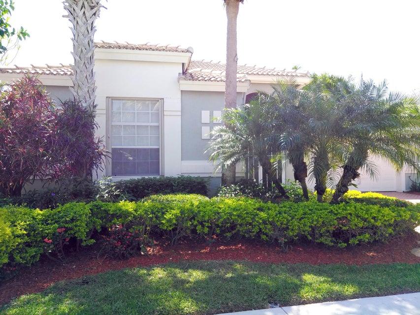 10892 Royal Caribbean Circle, Boynton Beach, FL 33437