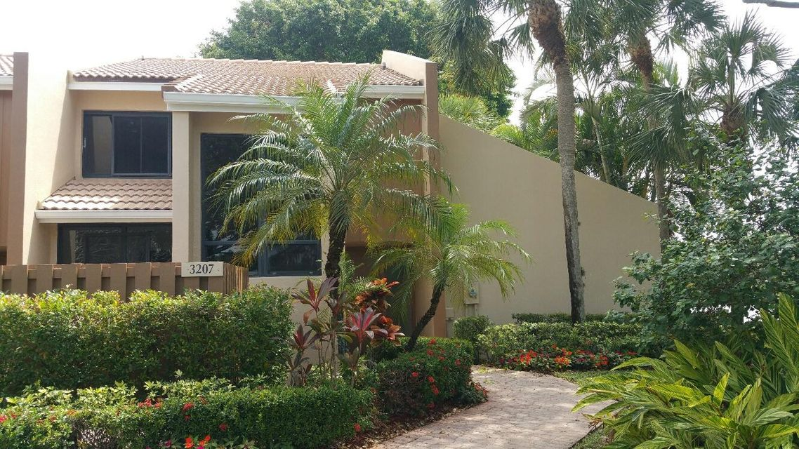 3207 Bridgewood Drive, Boca Raton, FL 33434