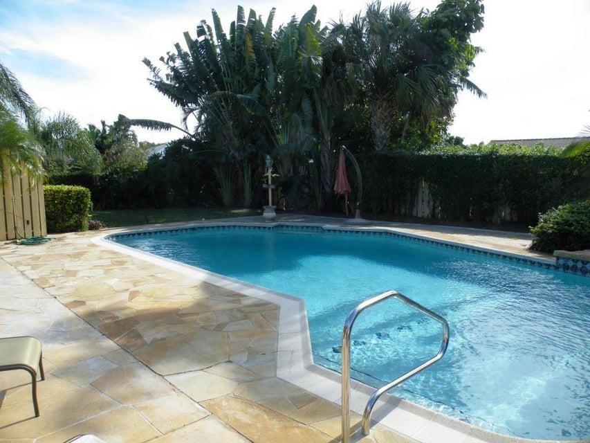 17621 Woodview Terrace, Boca Raton, FL 33487