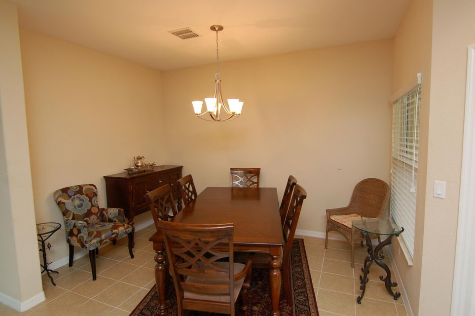 Additional photo for property listing at 136 Monterey Bay Drive 136 Monterey Bay Drive Boynton Beach, Florida 33426 Estados Unidos