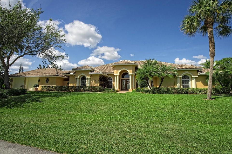 2360 NW Bay Colony Drive, Stuart, FL 34994