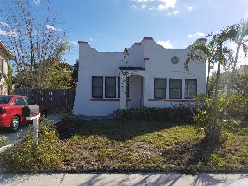 810 S N Street, Lake Worth, FL 33460