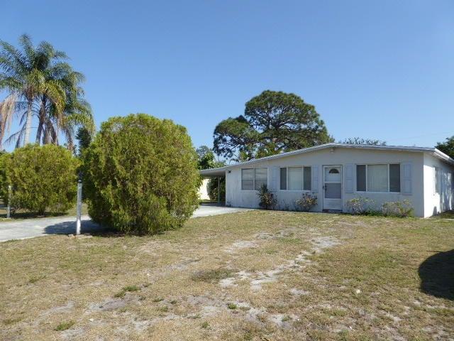3074 SE Ellendale Street, Stuart, FL 34997