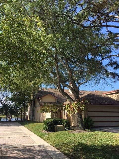 701  Landings Boulevard is listed as MLS Listing RX-10319535 with 2 pictures