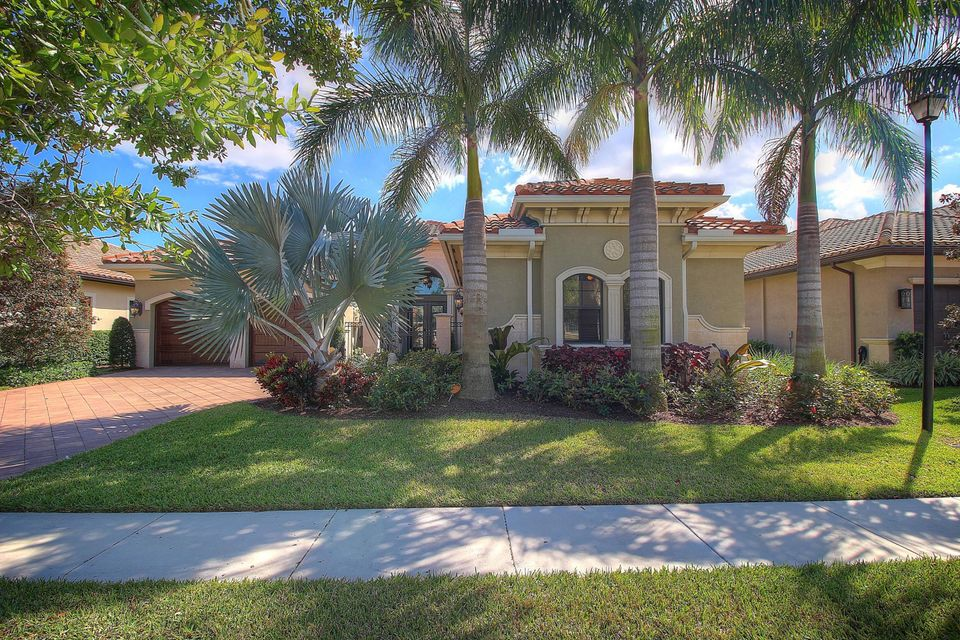 8879 Sydney Harbor Circle, Delray Beach, FL 33446