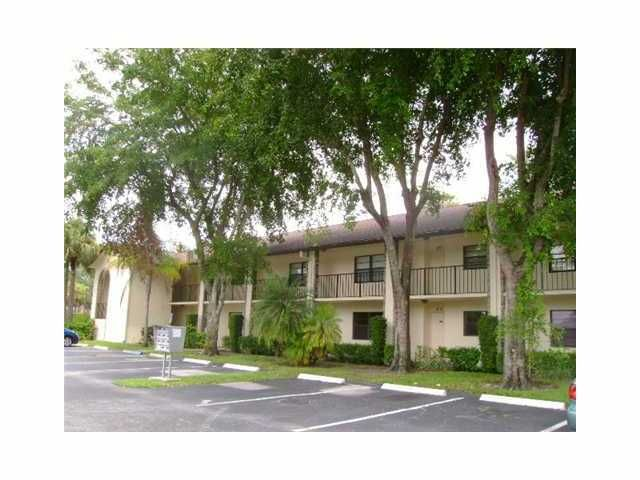 23288 SW 57th Avenue is listed as MLS Listing RX-10319908 with 23 pictures