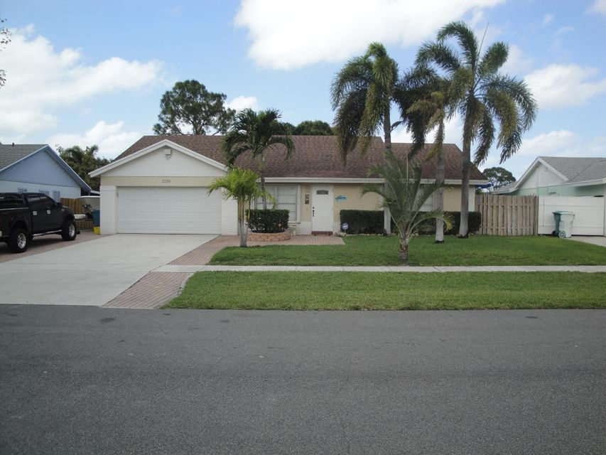 1239 NW 13th Avenue, Boynton Beach, FL 33426