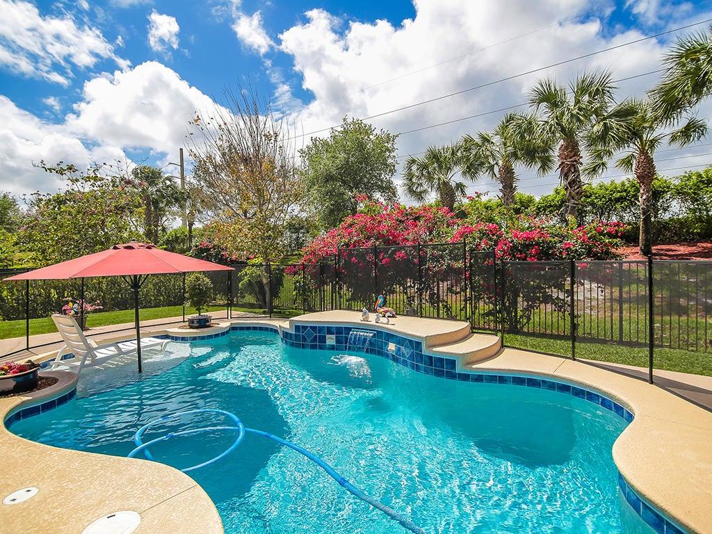 565 SW Sun Circle, Palm City, FL 34990