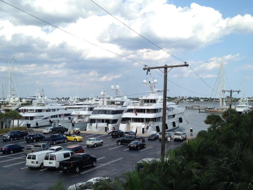 3960 N Flagler Drive 304, West Palm Beach, FL 33407