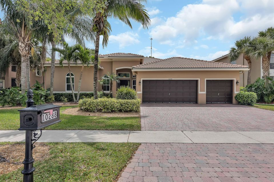 10288 Cypress Lakes Preserve Drive, Lake Worth, FL 33449