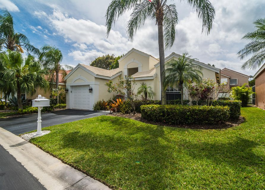 537 Bridgeton Road, Weston, FL 33326