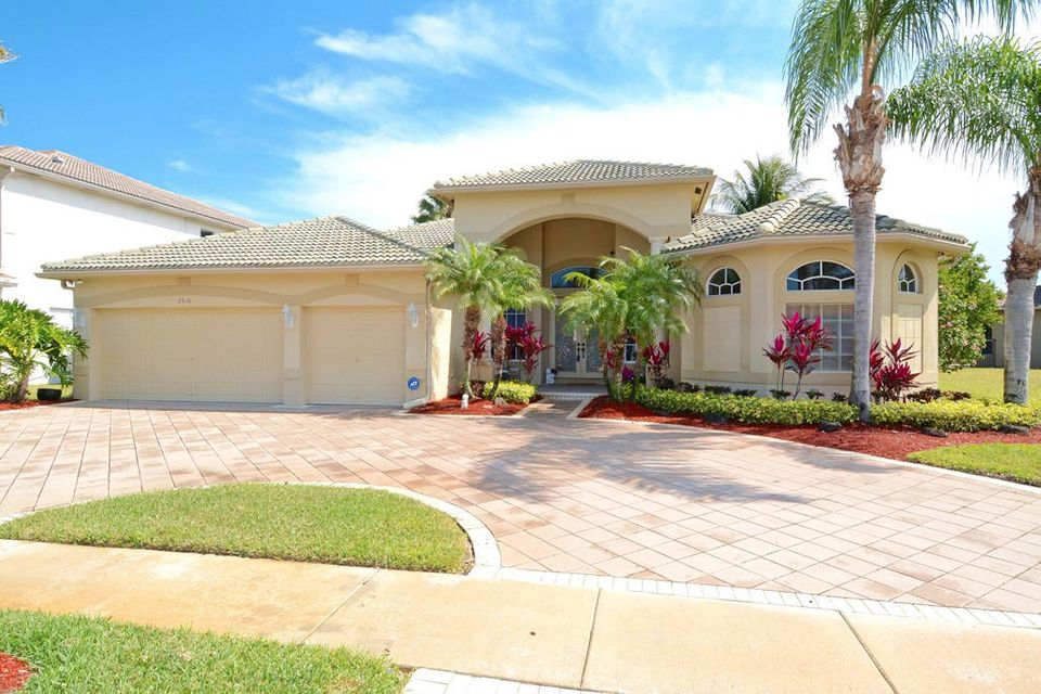 2916 Fontana Lane, Royal Palm Beach, FL 33411