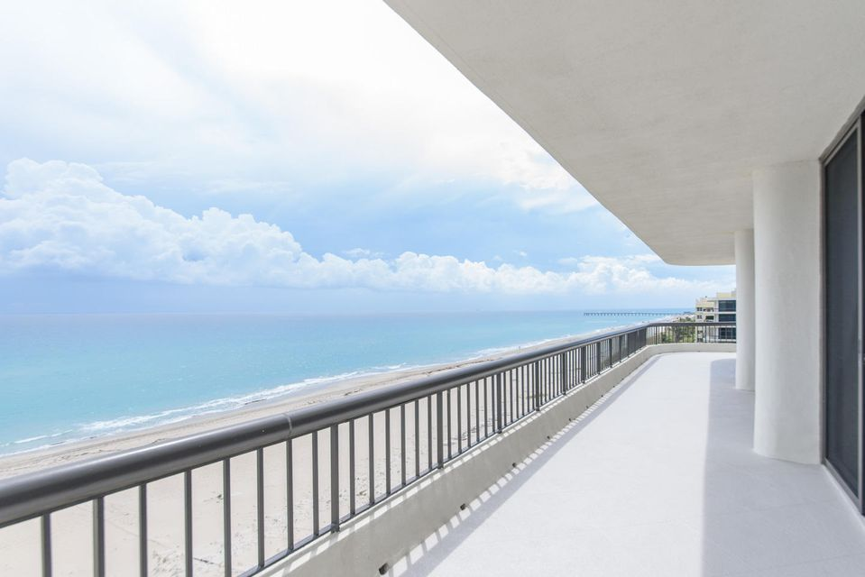 2660 S Ocean Boulevard is listed as MLS Listing RX-10320039 with 32 pictures