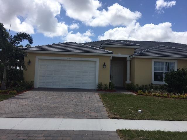 6243 NW Helmsdale Way, Port Saint Lucie, FL 34983