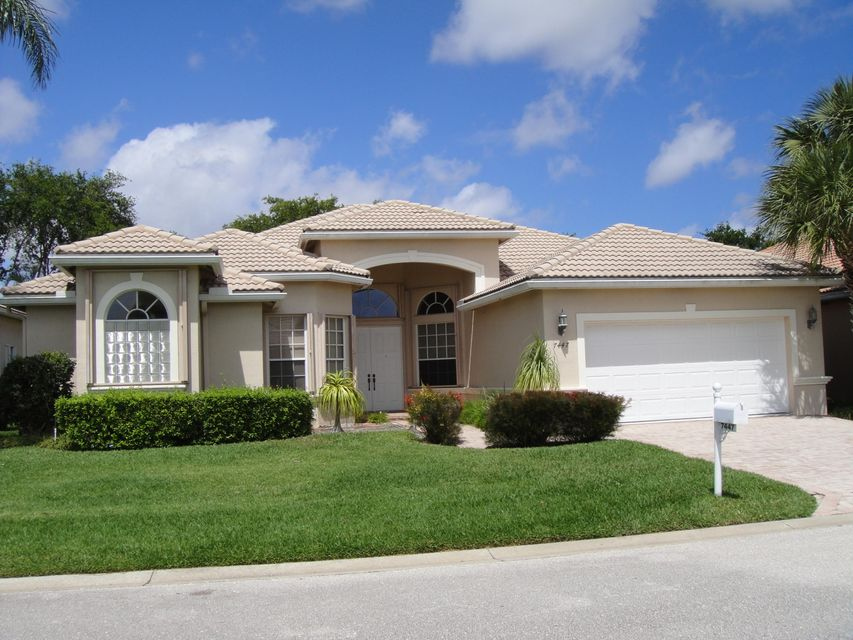 7447 Viale Angelo, Delray Beach, FL 33446