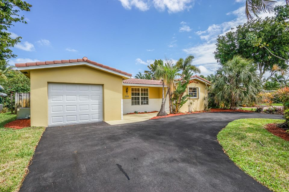 4330 NE 13th Avenue, Oakland Park, FL 33334