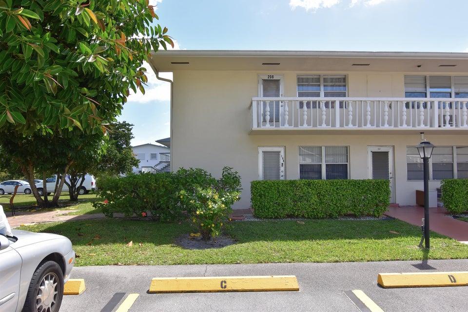 208 Canterbury I, West Palm Beach, FL 33417