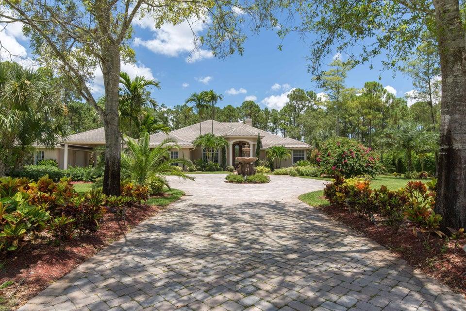 Single Family Home for Rent at 14816 Stirrup Lane 14816 Stirrup Lane Wellington, Florida 33414 United States