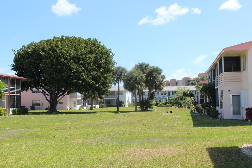 242 Norwich K 242, West Palm Beach, FL 33417