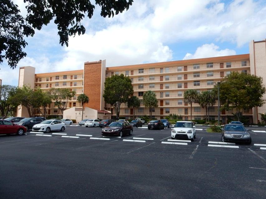 14527 Bonaire Boulevard 406, Delray Beach, FL 33446