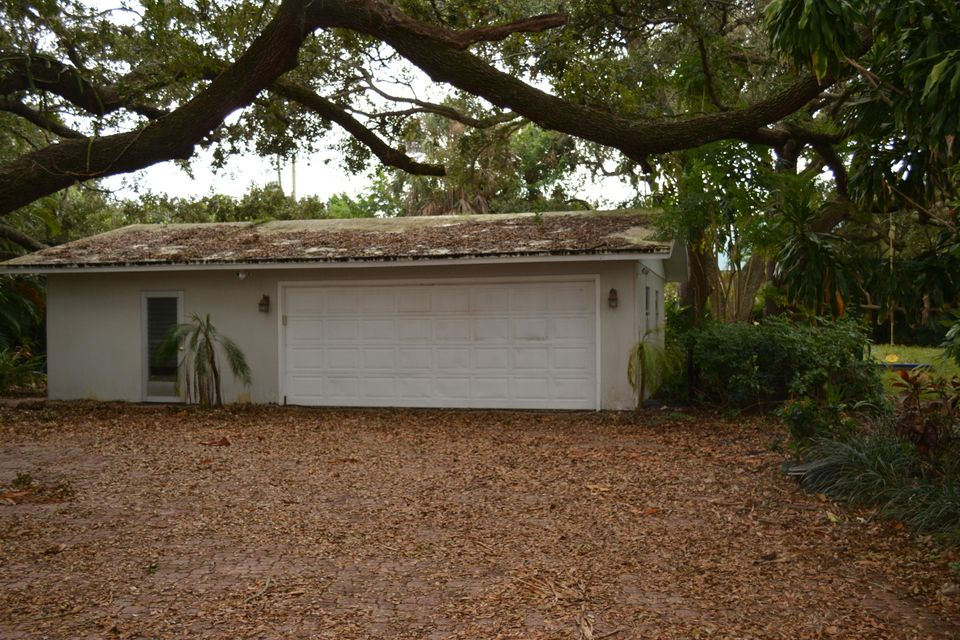 Additional photo for property listing at 12935 S Shore Drive 12935 S Shore Drive Palm Beach Gardens, Florida 33410 États-Unis