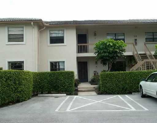 Condominium for Rent at 18 Westgate Lane # E 18 Westgate Lane # E Boynton Beach, Florida 33436 United States