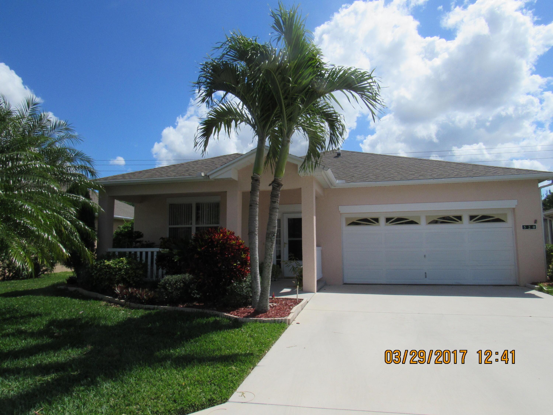520 NW Cortina Lane, Port Saint Lucie, FL 34986