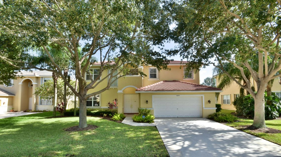 6079 Indian Forest Circle, Lake Worth, FL 33463