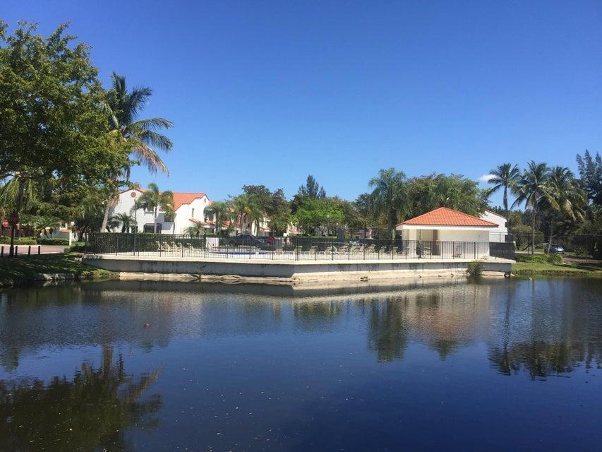 11704 Terra Bella Boulevard, Plantation, FL 33325