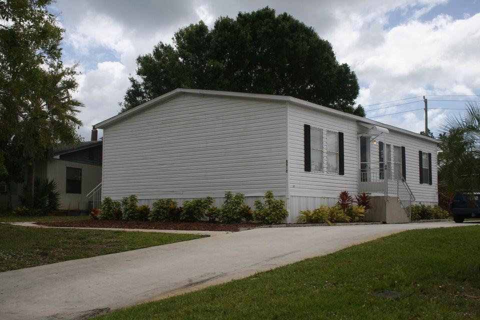 Mobile / Hergestellt für Verkauf beim 7215 SE Redbird Circle 7215 SE Redbird Circle Hobe Sound, Florida 33455 Vereinigte Staaten