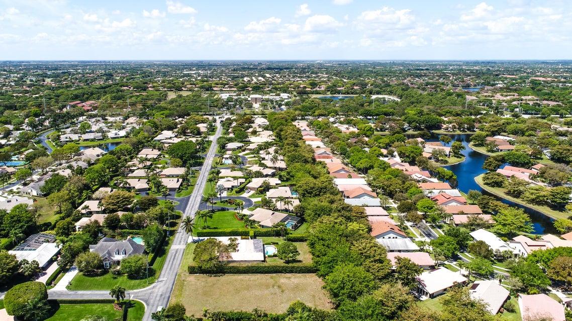 Pine Tree Drive Boynton Beach Florida
