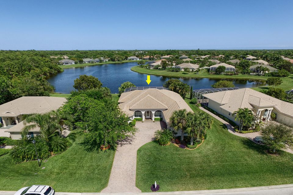 979 SW Bromelia Terrace, Stuart, FL 34997