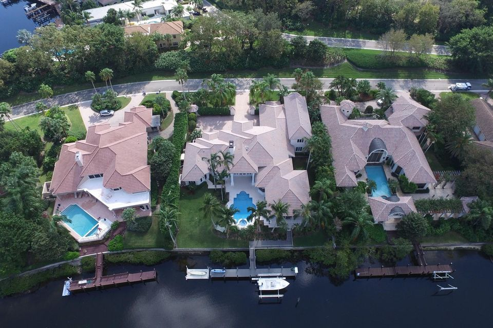 2763 Calais Drive , Palm Beach Gardens FL 33410 is listed for sale as MLS Listing RX-10321339 68 photos