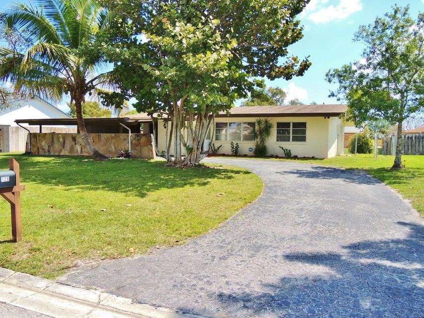 128 Heron Parkway  Royal Palm Beach, FL 33411