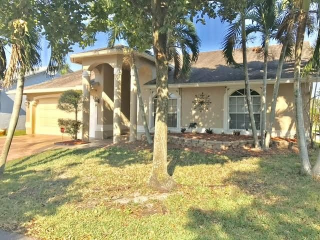 5319 NW 99th Way, Coral Springs, FL 33076